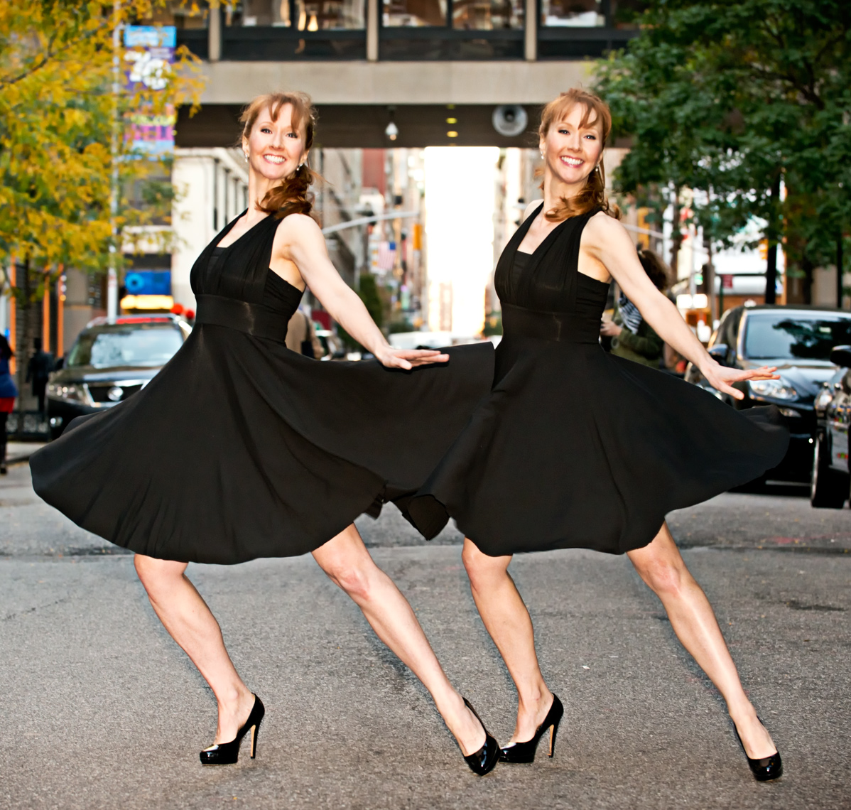 Katherine-and-Kimberly-Corp-dancing-photographed-by-Joe-Henson-Best-Actors-Headshot-Photographer-Corporate Portraits-NYC-NY-New-York-Washington-DC-Boston